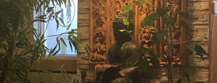 Saigon Lotus Restaurant is one of Toronto - Vegetarian/Vegan.