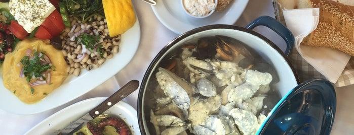Θόδωρος & Ελένη is one of Foods.