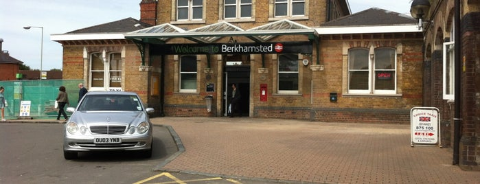 Berkhamsted Railway Station (BKM) is one of Carl 님이 좋아한 장소.