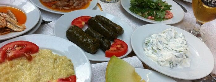 İmroz Restaurant is one of İstanbul Yeme&İçme Rehberi - 4.