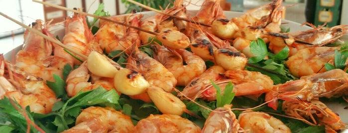 Yakamoz Balık Restaurant is one of gitmek istediklerim.