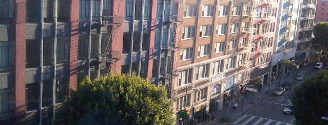 The Feather Place Los Angeles is one of Lieux sauvegardés par jacque.