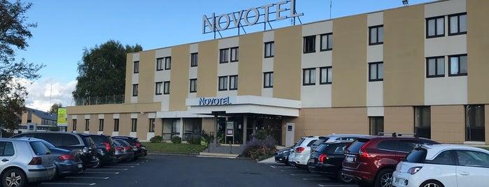 Hôtel Novotel Bayeux is one of Hoteles donde estuve.