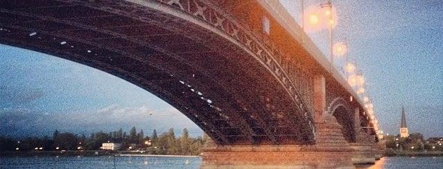 Theodor-Heuss-Brücke is one of Германия.