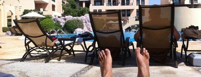 Novotel Al Dana Resort Poolside is one of Posti che sono piaciuti a Сергей.
