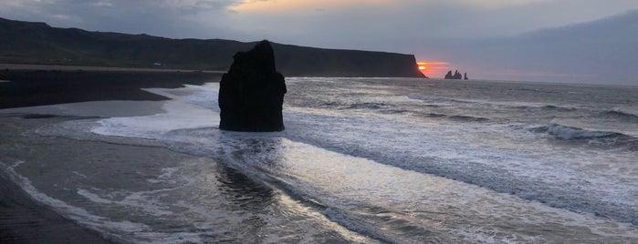 Dyrhólaey Sea Arch is one of Hinata : понравившиеся места.