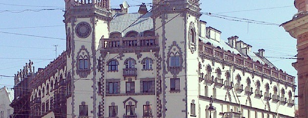 metro Petrogradskaya is one of Posti che sono piaciuti a Sofya.
