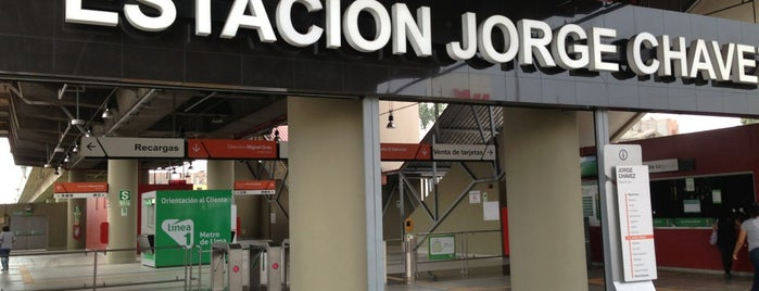 Estación Jorge Chávez is one of Posti che sono piaciuti a Julio D..