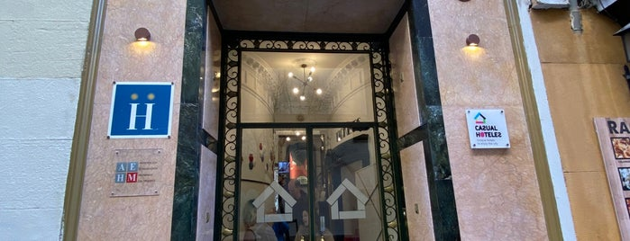 Casual Madrid del Teatro is one of Tempat yang Disukai Jordi.