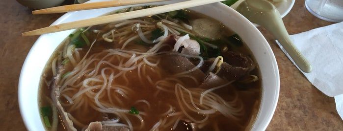 Pho Saigon is one of Sam 님이 좋아한 장소.
