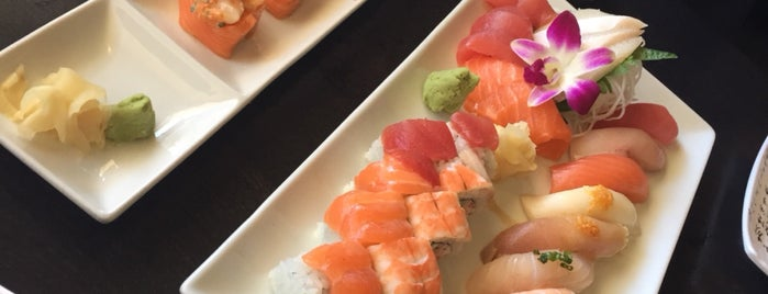 Sushi Fever is one of Samさんのお気に入りスポット.