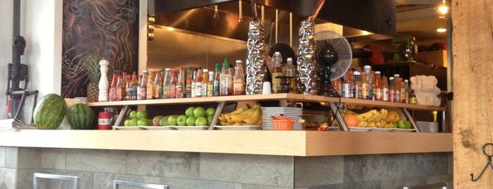 Monki Breakfastclub & Bistro is one of Calgary.