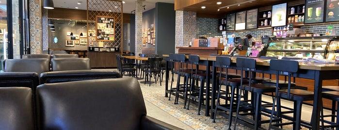 Starbucks is one of Bill'in Beğendiği Mekanlar.