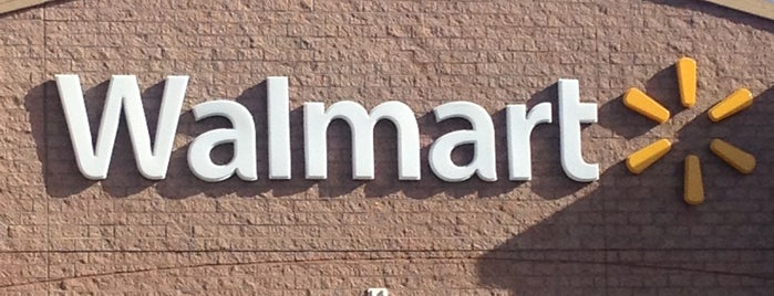 Walmart Supercenter is one of Jamieさんのお気に入りスポット.