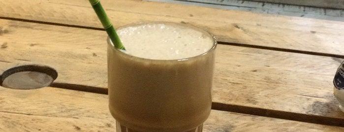 C.T. - Coffee & Coconuts is one of Posti che sono piaciuti a Alberto.