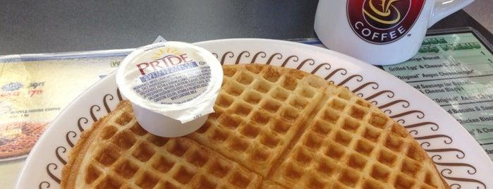 Waffle House is one of Orte, die Hannah gefallen.