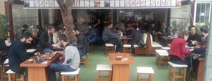 Cine Cafe is one of Balıkesir Cafeler.