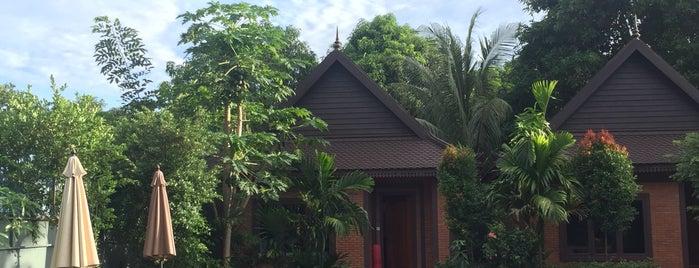 Green Empire Resort is one of Thailande + Cambodge.