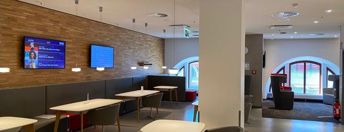 DB Lounge is one of Tempat yang Disukai Johannes.