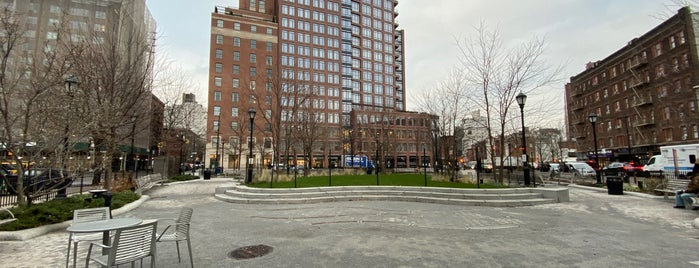 76 Greenwich Ave Park is one of NYC.