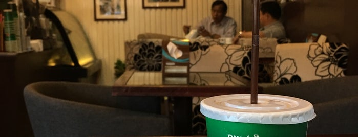 Sinouk Coffee - Vientiane Center is one of Masahiro 님이 좋아한 장소.