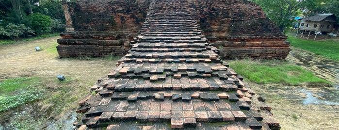 วัดโขลงสุวรรณคีรี is one of ราชบุรี.