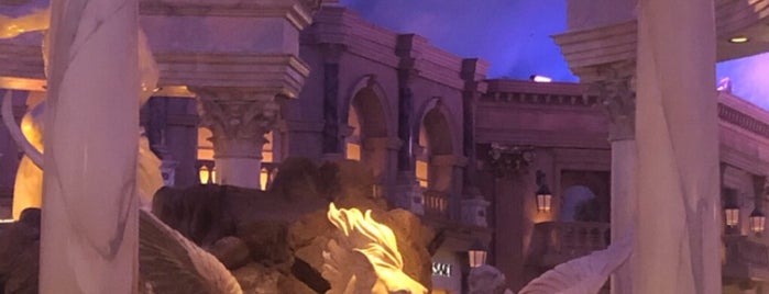 Fountain of The Gods is one of vegas to do.