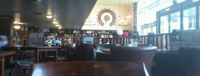 The Knights Templar (Wetherspoon) is one of Posti che sono piaciuti a Carl.