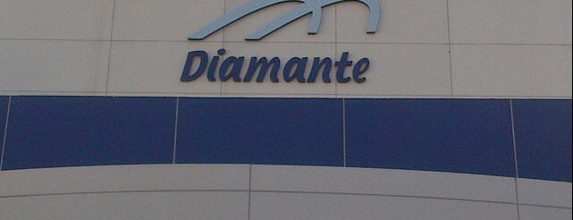 Plaza Diamante is one of Ricardo 님이 좋아한 장소.