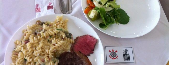 Restaurante Salve Jorge is one of Gespeicherte Orte von Juli.