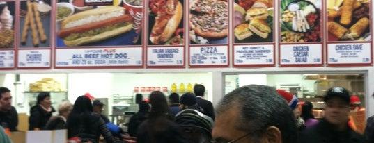 Costco Food Court is one of Tempat yang Disukai Kevin.