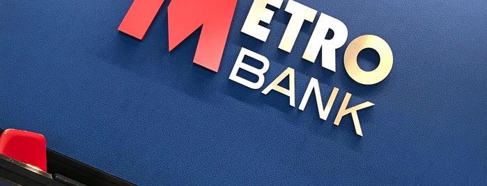 Metro Bank is one of Locais curtidos por Barry.