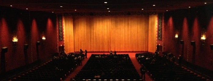 Ziegfeld Theater - Bow Tie Cinemas is one of Tempat yang Disukai Rachel.