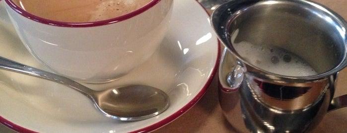 KROO CAFE is one of Ksenia 님이 좋아한 장소.