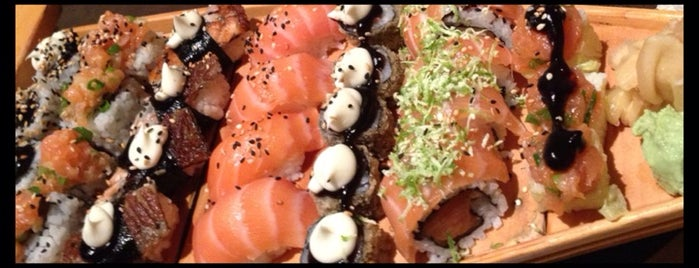 Sumo Sushi Bar is one of Restaurantes Japoneses.
