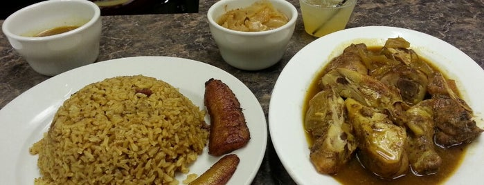 Garifuna Flava - A Taste of Belize is one of Black-owned restaurants in Chicago.