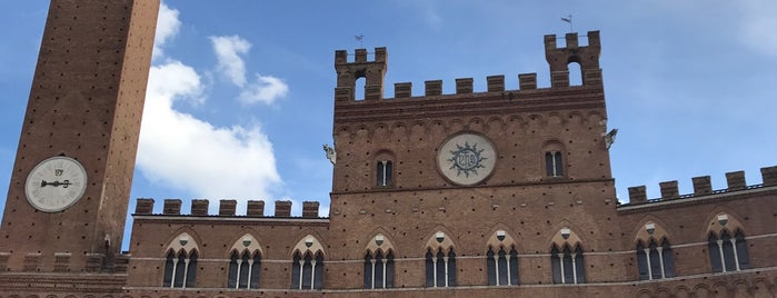 Palazzo Pubblico is one of Trips / Tuscany and Lake Garda.