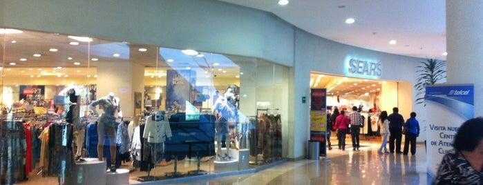 Sears is one of Lugares favoritos de Carolina.