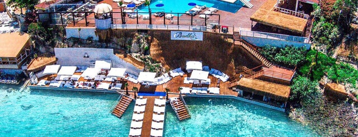 Budha Beach Club is one of Lieux qui ont plu à Sinan.