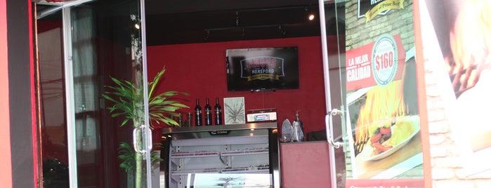 Angus & Hereford - San Isidro Restaurante is one of สถานที่ที่บันทึกไว้ของ Jesús.