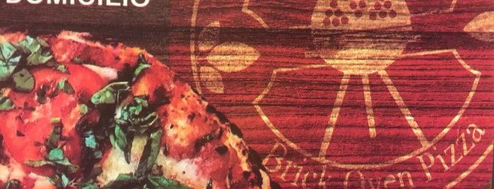 Neopolitan Pizza is one of Por comer.
