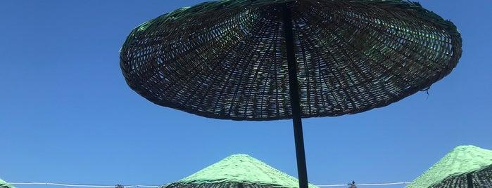 Kardesler Beach & Motel is one of Lugares favoritos de Onur.