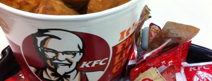 KFC is one of Mesut'un Beğendiği Mekanlar.