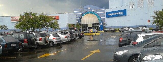 Tivoli Shopping is one of Lieux qui ont plu à Leandro.