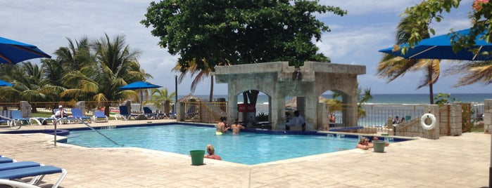 Sunspree Adult Pool is one of Montego Bay.