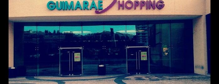 GuimarãeShopping is one of Centros Comerciais.