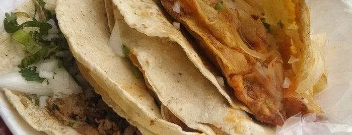 Tacos El Güero Transito is one of Oscar : понравившиеся места.