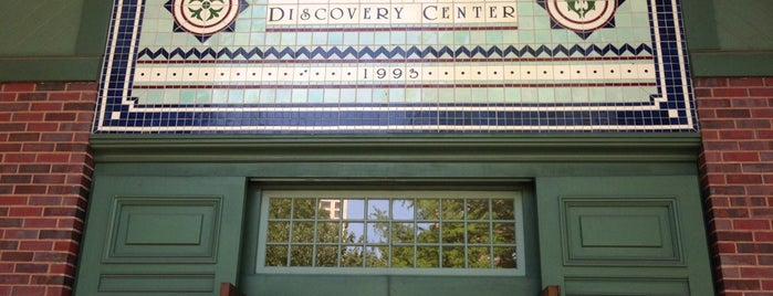 The Charles A. Dana Discovery Center is one of eracle.