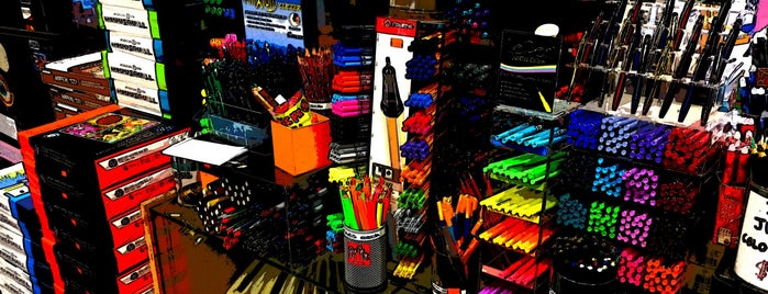 Janoff Stationery & Art Supply is one of Tempat yang Disukai Geraldine  🤡😻😆💋👋.