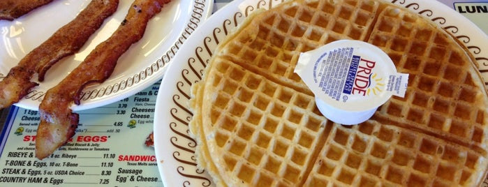 Waffle House is one of Don 님이 좋아한 장소.